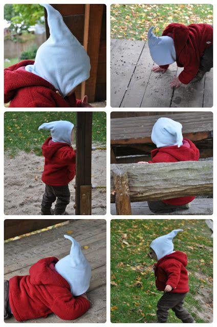 blaue Mütze mit Strassteinen und einer Brosche aufgepeppt