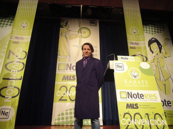2011 Foto Convencion Inmobiliaria Samurai Karate Bienes Raices Inmobiliario AlejandroPI Congreso Inmobiliarias Noteges