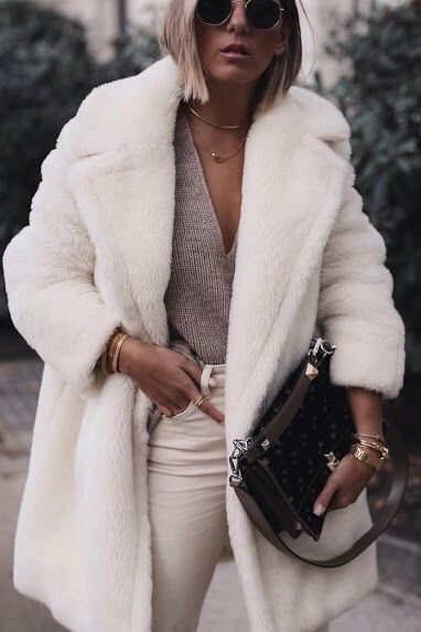 How to wear teddy bear coat jacket outfits winter fall. Casual chic classy street styles edgy fashion ootd ideas. V neck sweater + white pants. #fallfashion #winterfashion #outfits #ootd #streetstyle