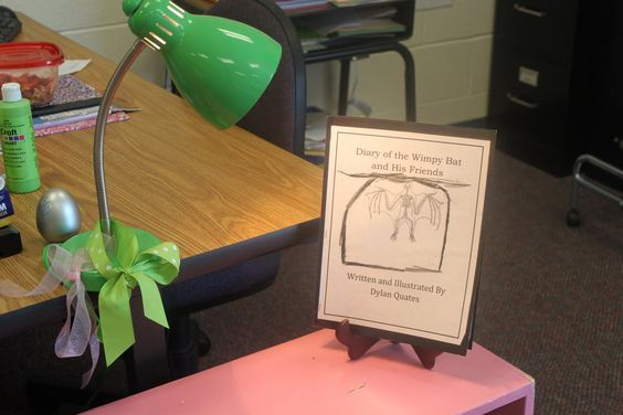 """""""Spotlight"""" on good writing! Great idea to encourage students to write and make them proud of their writing!"""