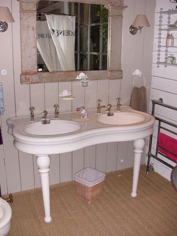 lavabo double pieds quille g ry bury les bains de flore salle de bains ancienne. Black Bedroom Furniture Sets. Home Design Ideas