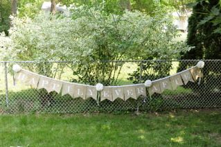 """Burlap """"Happily Ever After"""" Banner"""