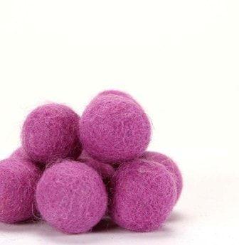 De Witte Engel Pure Wool Felt Balls 10pc - Lavender
