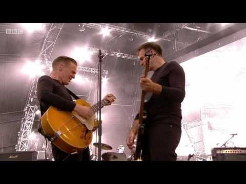 It's Only Love - Bryan Adams (Live at Hyde Park 2015) - YouTube