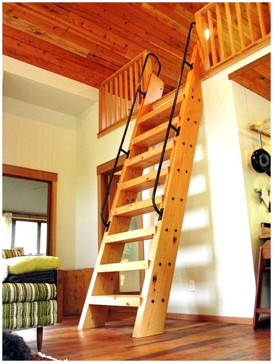 Guest bedroom loft with ships ladder i 39 d love to once again be one of the kids in this place - Loft house plans inside staircase ...
