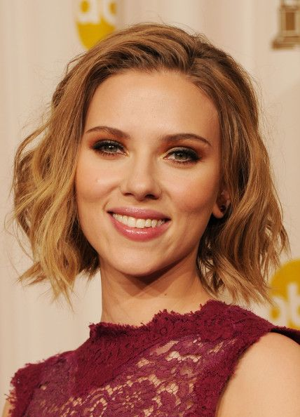 hair styles for picture day more pics of johansson wavy cut bobs 8713