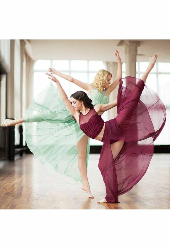 la tenue de danse moderne en 58 photos d guisements et photos. Black Bedroom Furniture Sets. Home Design Ideas