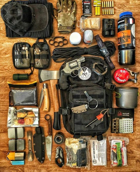 15 Items For Your Ultimate Lightweight Bug Out Bag List Urban Survival Kit Survival Gear Bushcraft