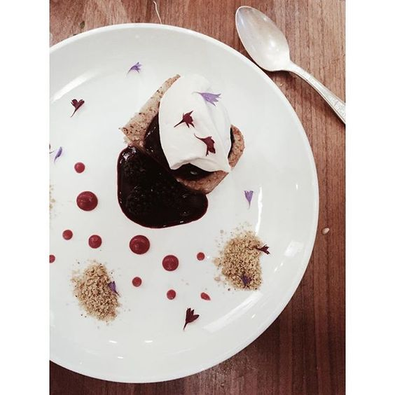 This dessert #imean it's art am I right? I feel spoiled just looking at it it's so pretty   and it tastes just as good as it looks! @naturalselectionpdx #nomnom #pdx #pdxnow #dessert #whatsfordessert #CopyCatChic