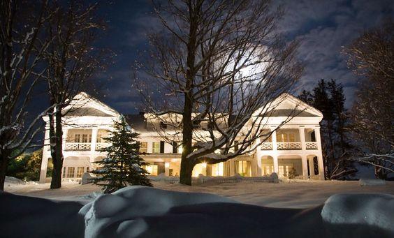White House Inn, Wilmington, Vermont Travel - hotels & lodging http://www.whitehouseinn.com