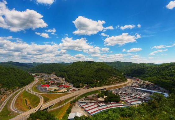 Our Beautiful Little Town In Pikeville Ky Pikeville Kentucky