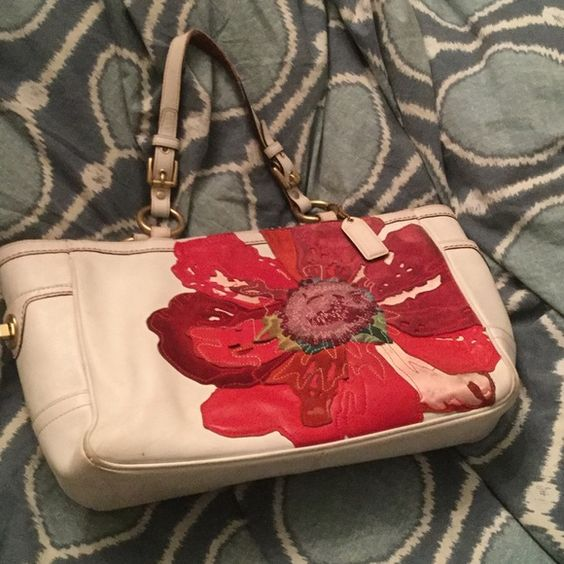 Vintage Coach Limited Edition Vintage Coach Handbag. White Leather large suede poppy on the front. Normal wear and tear Coach Bags Satchels
