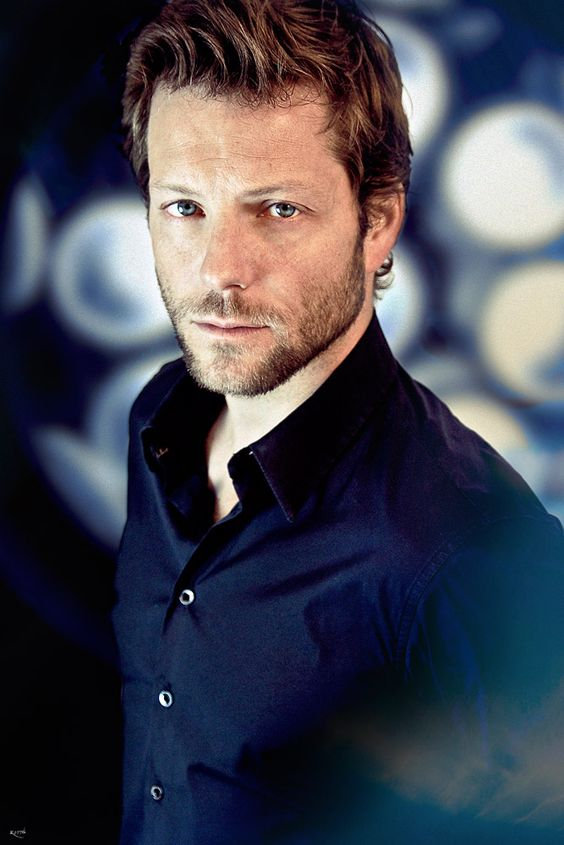 Jamie Bamber Law and Order:UK
