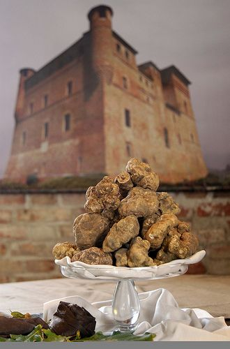 Castle of Grinzane Cavour (Cuneo) - Piedmont ♠ The World Auction of the White Alba Truffle | Flickr - Photo Sharing!