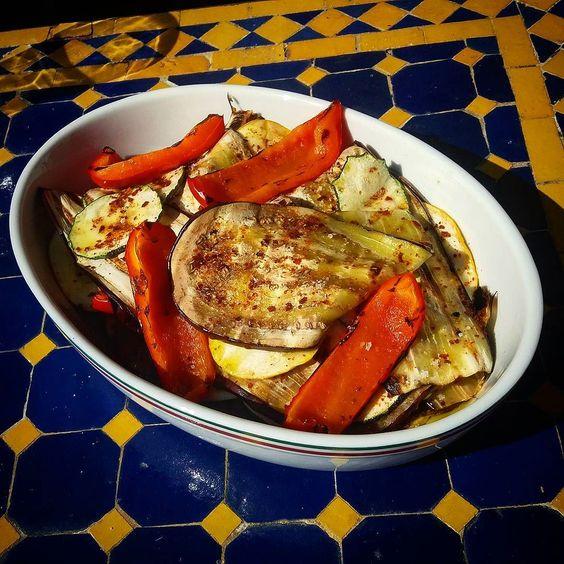 Gegrilltes Gemüse #paprika #aubergine #zucchini #pulbiber #salz #salt #summer #foodporn #bbq