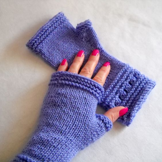 Loom Knit Fingerless Gloves Pattern : Gloves, Knits and Patterns on Pinterest