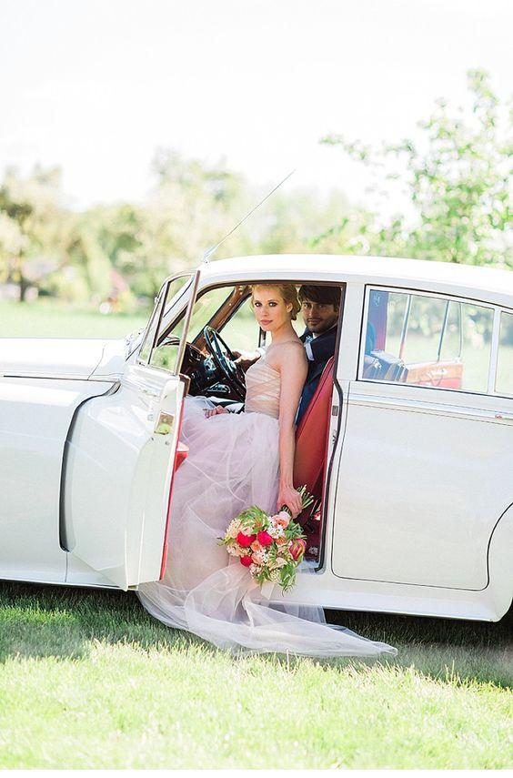 Traumhaftes Inspirationsshooting für eine Gartenhochzeit von Ashley Ludaescher - Hochzeitsguide