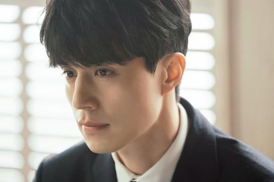 Lee Dong Wook Transforms Into Star Lawyer For New Drama With Yoo In Na