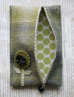Great site for how to make bags, purses, etc!    squidoo link to other blog links