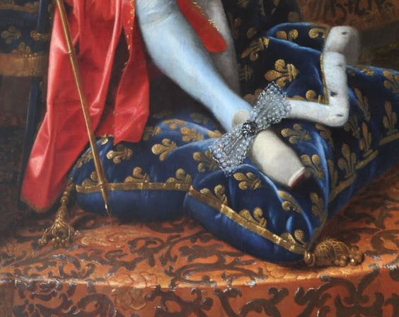 Delphes: Versailles  Bow on the shoe of Roi Solei, the Sun King, Louis XIV  detail from the king's portrait by Henri Testelin (Paris, 1616 - The Hague, 1695) , 1668 (oil on canvas):