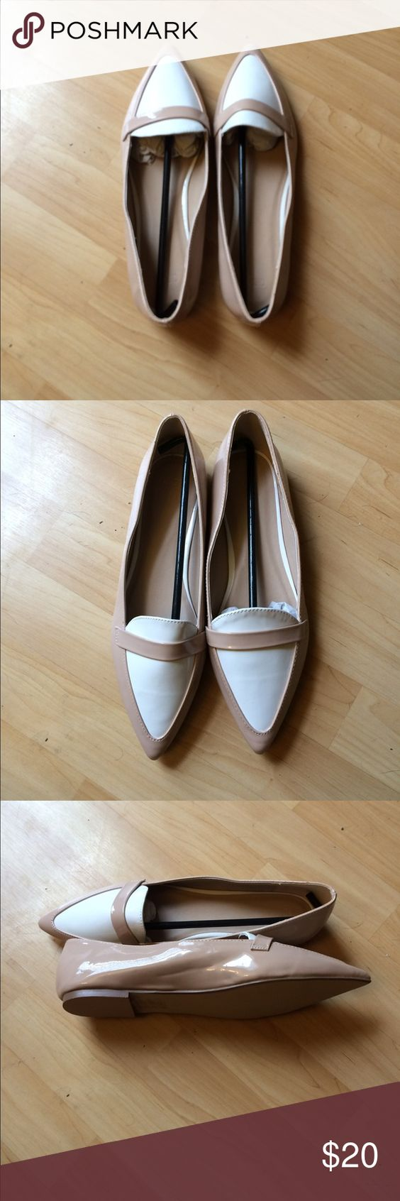 NWT Asos Leigh ballet flats NWT Asos Leigh pointed toe ballet flats. Brand new never worn. Nude and white. Size 8.5 US and size 7 GB. Man made uppers. Shiny vinyl material. Great shoes! Asos Shoes Flats & Loafers