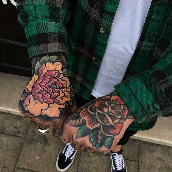 Tattoo By James Armstrong Tattoo And Richardlazenby Traditional Traditionaltattoo Hand Tattoos For Guys Traditional Hand Tattoo Hand Tattoos