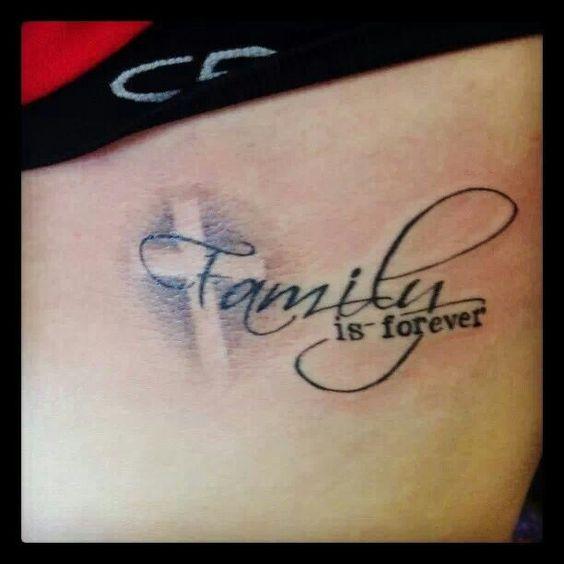 tatouages de famille tatouages and croix on pinterest. Black Bedroom Furniture Sets. Home Design Ideas