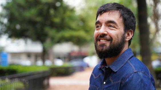 'Los Estudios Trans no se limitan a examinar las cuestiones de vida relacionadas con las personas trans', sostiene el filósofo Radi. Co-fundó una cátedra libre de Estudios Trans en la Universidad de Buenos Aires
