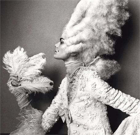 Vogue Unique, marzo 2005