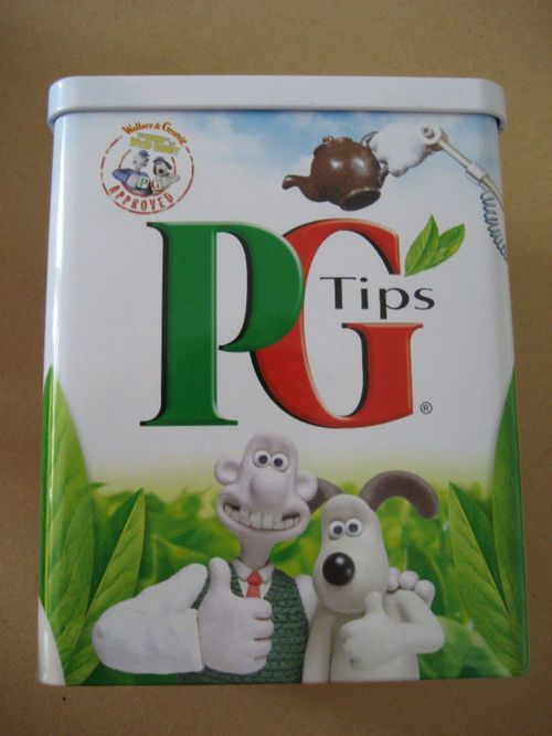 wallace and gromit promotional tea tin