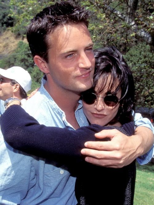 Young Courteney Cox & Matthew Perry <3