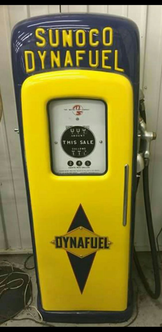 Sunoco Dynafuel Gas Pump.... O'l School Cool..........