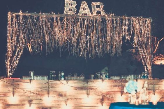 Impressive Wedding Bar Themes and Setup Ideas, a9cfa3ae2b39e0d725b9a776bddfeb1c