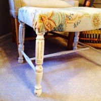 http://ajunkchicklife.blogspot.com/2015/03/a-cute-foot-stool-p-kaufman-fabric-sea.html