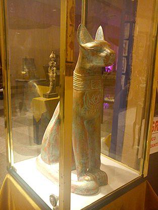Deusa Bastet - Visita ao Museu Egípcio Itinerante, em Porto Alegre - RS.  #brasil #brazil #expo #egyptian #anjosnet