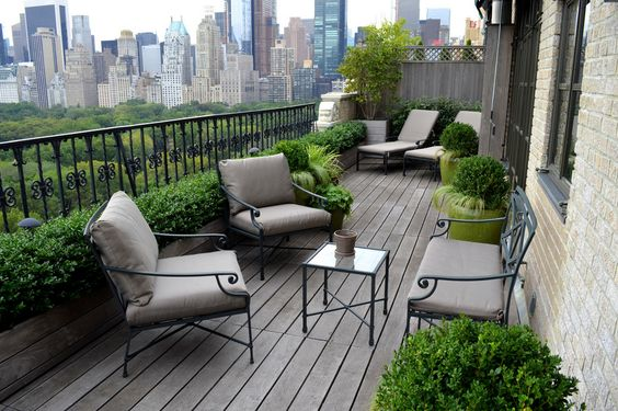 A balcony overlooking Central Park!