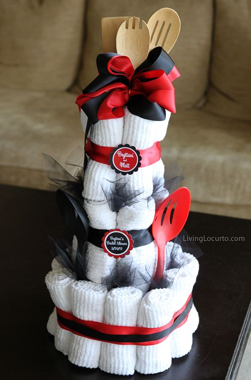 Bridal Shower Towel Cake | Living Locurto - Free Printables, How To DIY Ideas, Crafts & Party Ideas. - via http://bit.ly/epinner