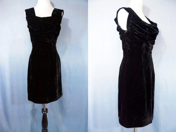 1960s Velvet Wiggle Dress Shelf Bust Lilli by ReitaPieVintage