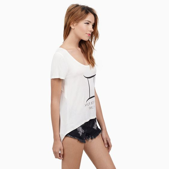 HDY Haoduoyi White Fashion Slim Tee Women Short Sleeve Crew Neck Female Pullover Tops Loose Casual High Low Backless T-shirt