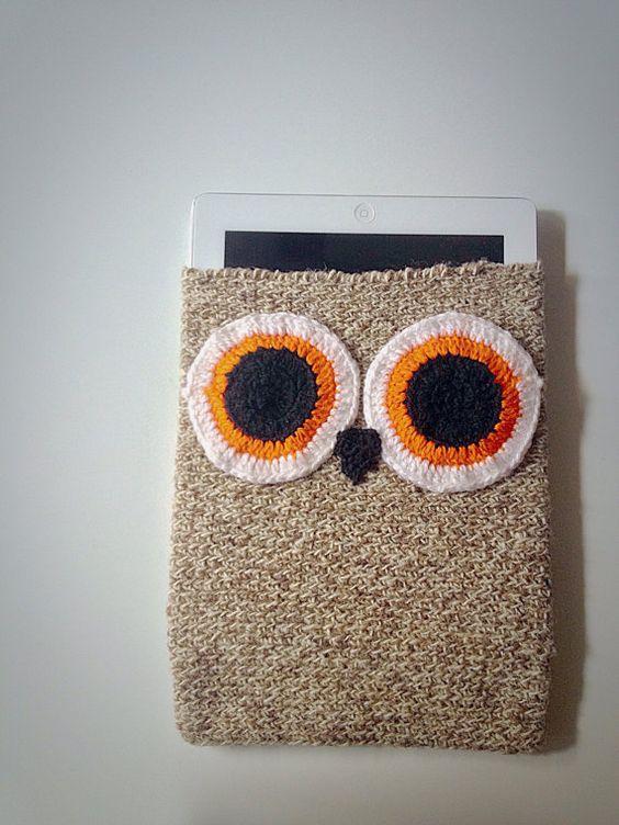 Pochette sac de ipadtablette en crochet fait par EmoTricoteSerenite