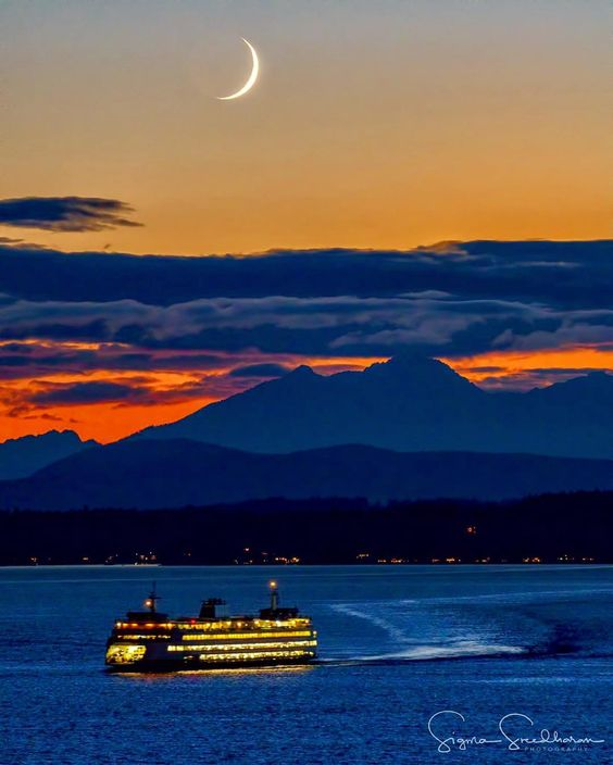 """Sig Sreedharan on Instagram: """"An oldie but goodie... A crescent moon setting over Elliott Bay. Thanks for all the birthday wishes from my story! If you missed it, today…"""""""