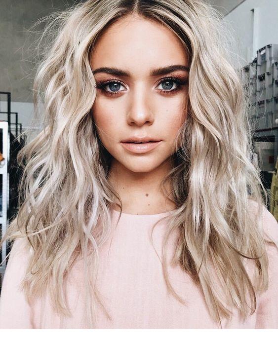Pure Diamond Hair Tone And Blue Eyes Inspiring Ladies Hair Styles Blonde Hair Shades Hair Beauty