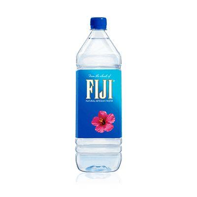Nước Fiji chai 1.5 lít