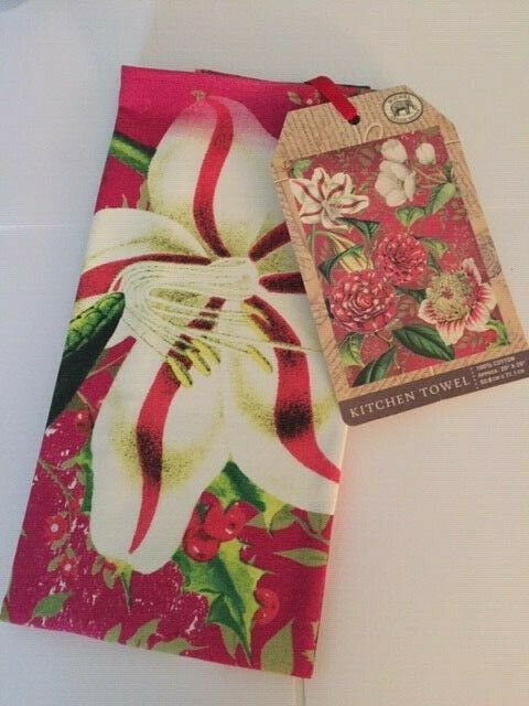 Michel Design Works Cotton Kitchen Tea Towel Christmas Day New