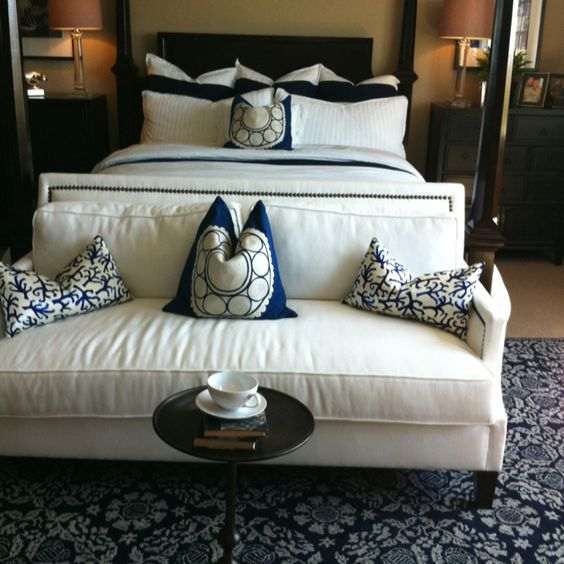 Love couch at foot of bed home decor ideas pinterest for Sofa at foot of bed
