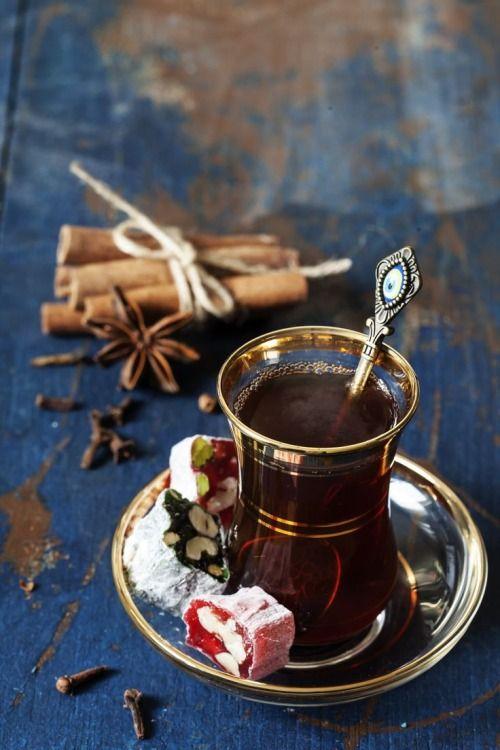 türkischer Tee und türkischer honig