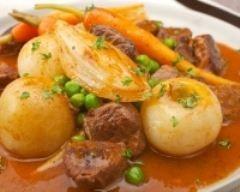 Ragoût de boeuf carottes (facile, rapide) - Une recette CuisineAZ