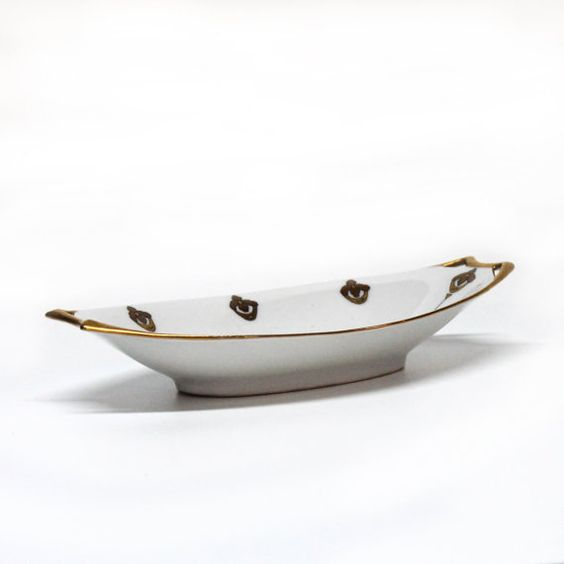 Hutschenreuther Selb Bavaria china serving dish by daisydivine, $20.00
