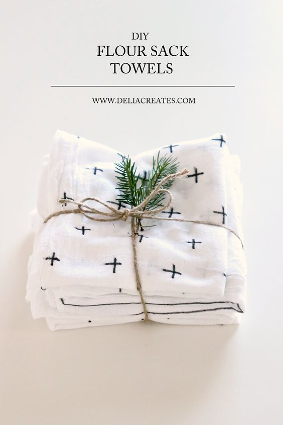 DIY Flour Sack Towels on Delia Creates - I love this idea! so pretty yet so easy!  #diy #towels