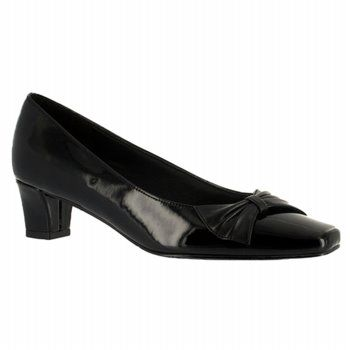 Easy Street Chance Shoes (Black Pat/Sm) - Women's Shoes - 6.0 2A